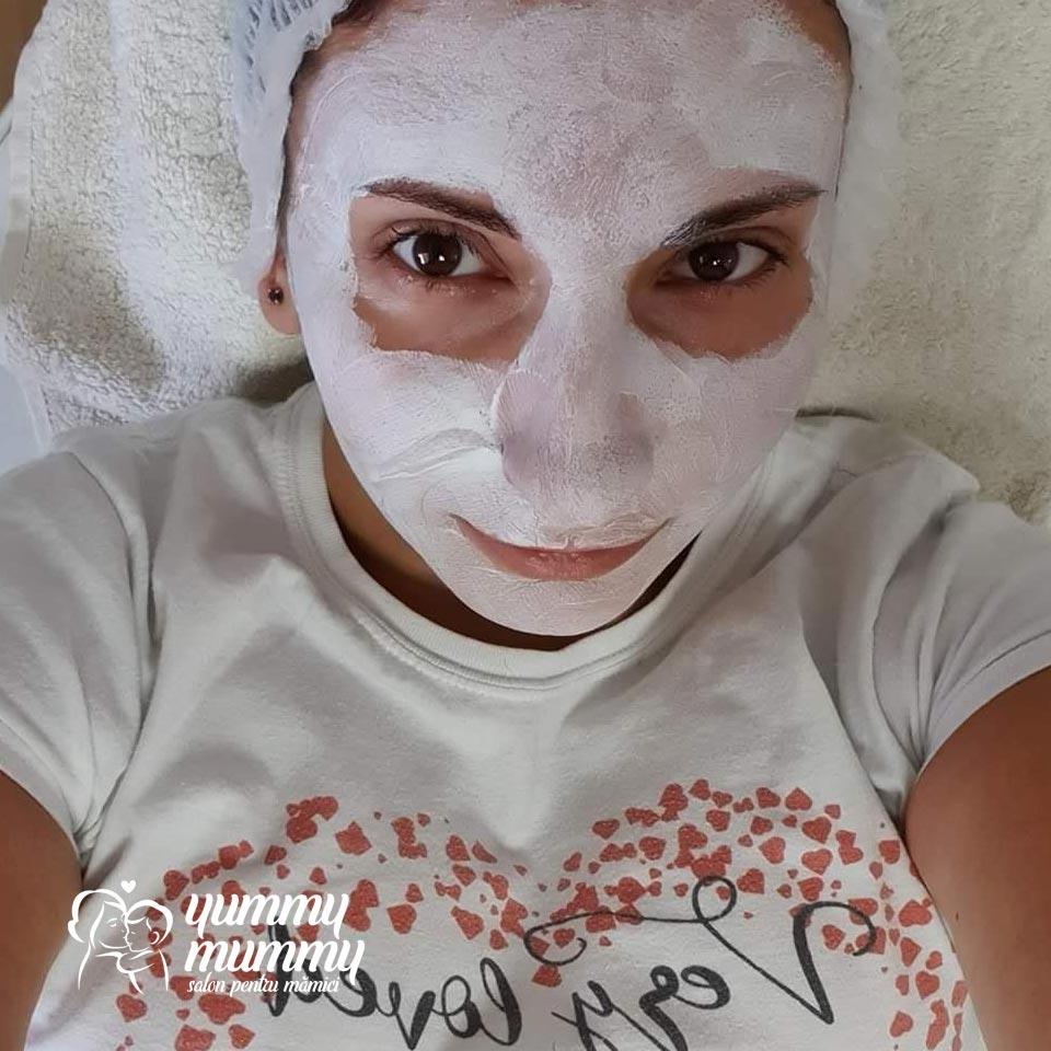 Mască - Salon Yummy Mummy